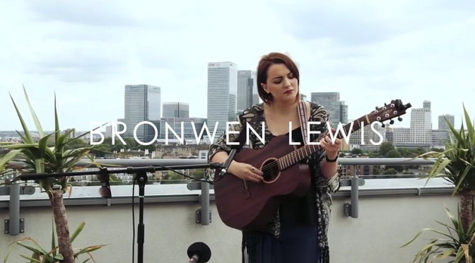 Bronwen Lewis - I'm Only Me Because Of You (Original) - YouTube - Mozilla Firefox 07072015 162150